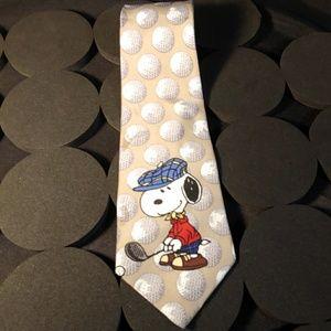 "PEANUTS Snoopy golfing tie 56x4"""